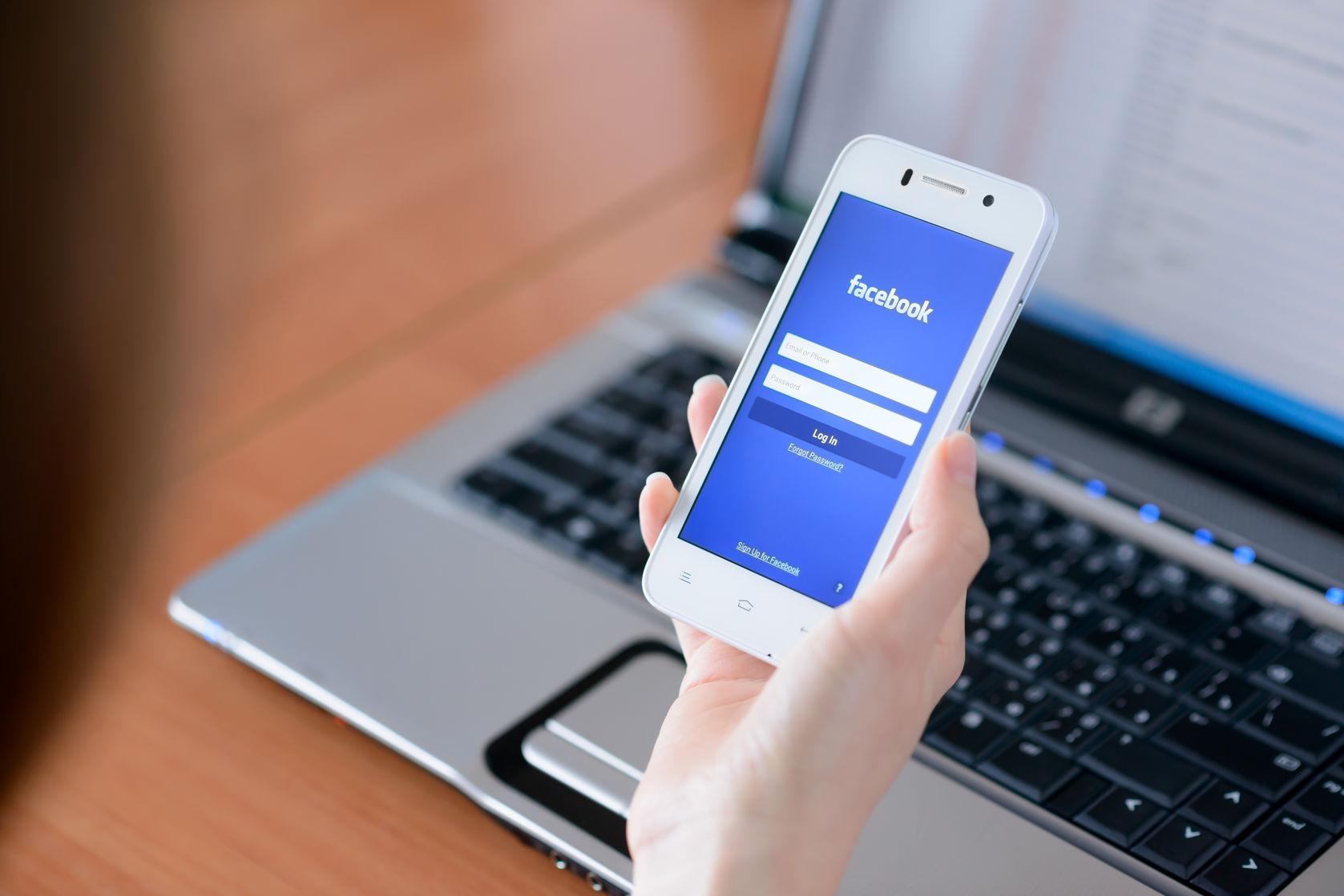 Facebook - Instant Articles en el smartphone