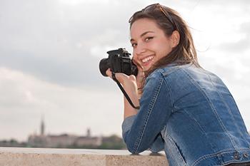 Joven fotógrafa