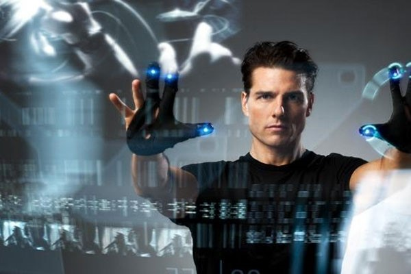 tom-cruise-minority-report-digital-signage