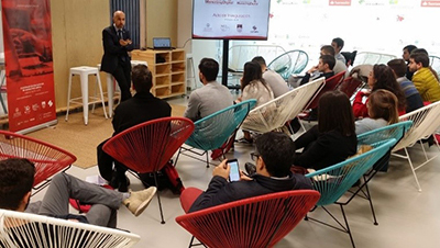 Charla de Óscar González para el M´ster en Marketing Digital de la USAL y Súmate