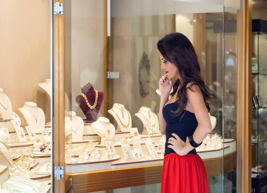 Un plan de redes sociales puede disparar la venta de joyas en el canal físico